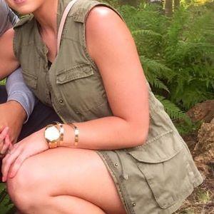 Green vest size medium